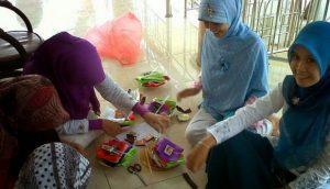 Usaha Sampingan Remaja Putri di Rumah Yang Menjanjikan